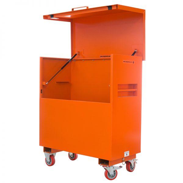 MEP Hire tool vault 4 x 4 x 2